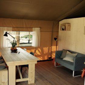 Woonkamer Safaritent Camping Suasa