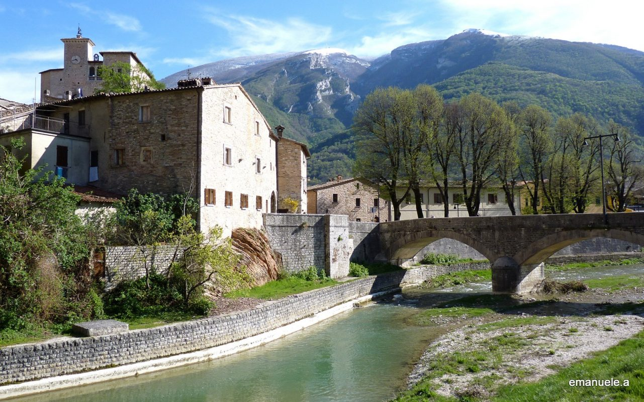 Borgo e Castello Brancaleoni Camping Suasa