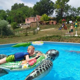Zwembad Camping Suasa